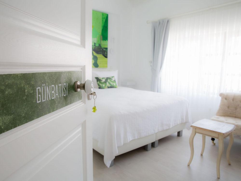 Bozcaada Esinti Otel - Odalar - Günbatısı