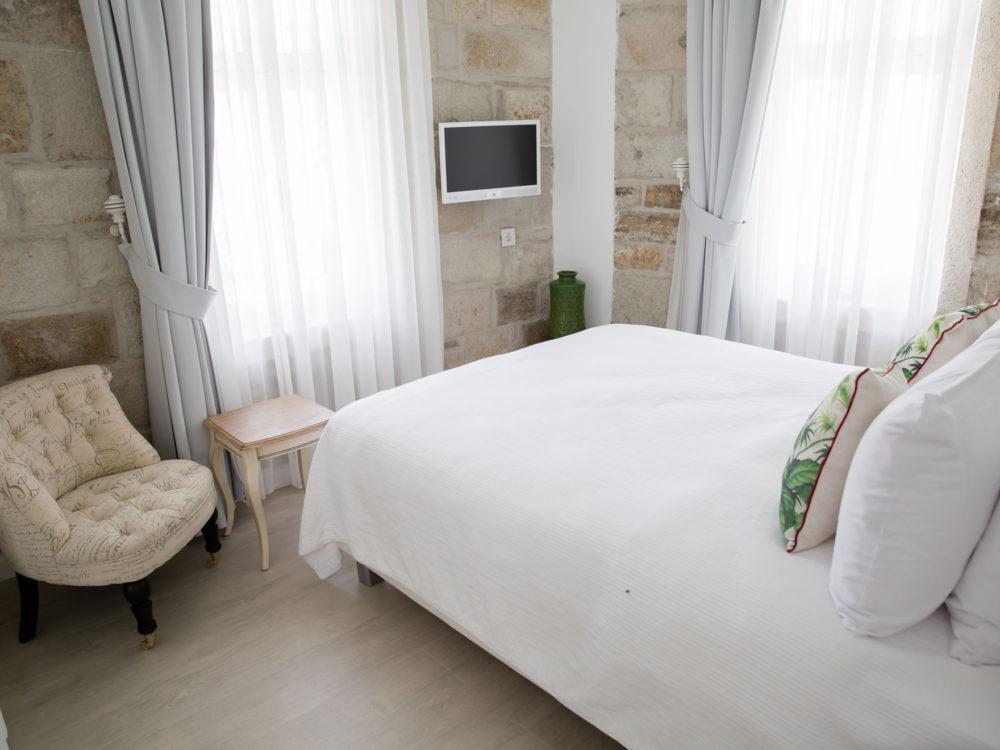 Bozcaada Esinti Otel - Odalar - Karayel